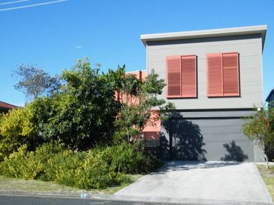 Photo for 4BR House Vacation Rental in Diamond Beach, NSW