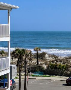 South Beach Family Retreat with Ocean Views!! Steps to Beach and Pier
