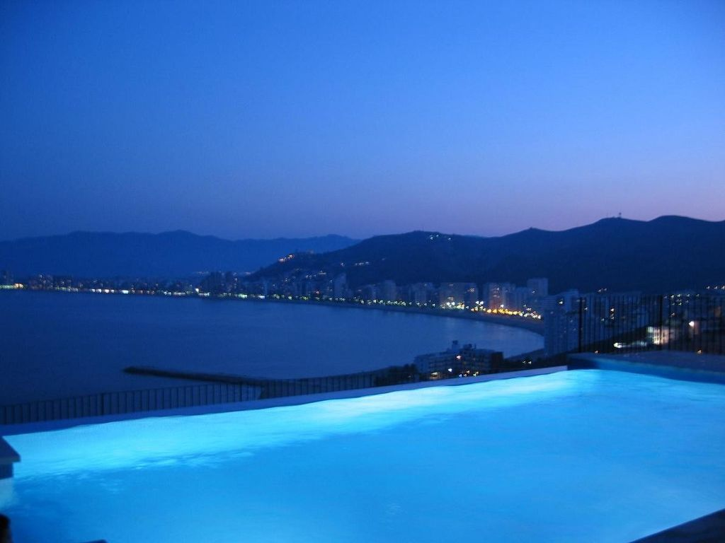infinity pool night. Cullera Villa Rental - NIGHT VIEWS PRIVATE INFINITY POOL Infinity Pool Night F