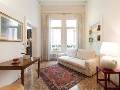 Photo for Charming apartment not far from Piazza San Marco