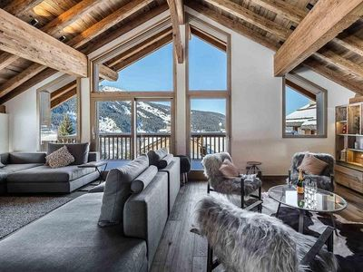 Photo for Chalet Fontany : Spacious and modern chalet with jacuzzi and sauna.