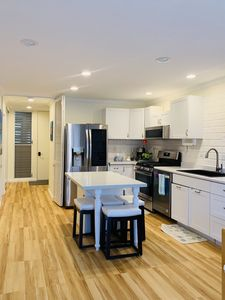 Newly remodeled condo with modern appliances throughout