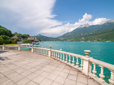 Photo for Balcony on the lake Private apartment