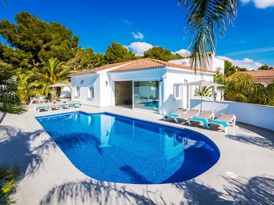 Photo for Valentina - Stunning, contemporary 4-bedroom villa with private pool, stroll to everything, air con & WiFi