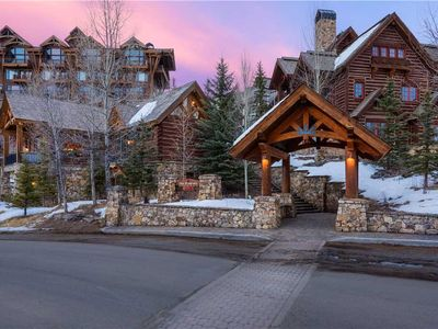 Photo for See Forever Summit Cabin 152: 3 BR / 4 BA private home in Mountain Village, Sleeps 8