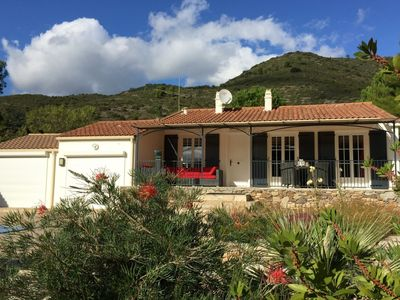 Photo for Beautiful villa with private swimming pool and lots of privacy at the edge of Roquebrun