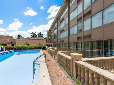Photo for The Best 1 Bedroom Suite with Jacuzzi in Miami