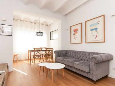 Photo for Bright, stylish and quiet next to Paseo de Gracia