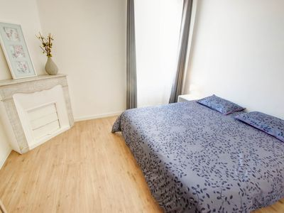 Photo for 5 min walk from Croisette, Palais Festivals, beach. Air condition, WIFI, balcony