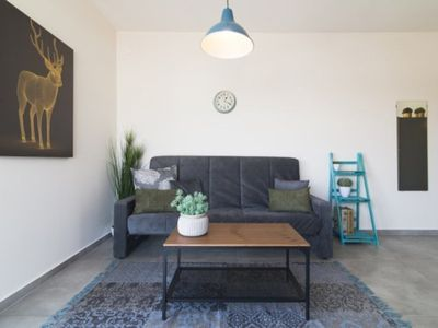Photo for Stylish 3 BR in Florentine