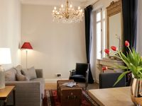 Absolutely charming and beautiful apartment in Old City of Bordeaux