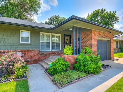 Five Star Property Okc!  3 Bed Centrally Located/for Home Away And Vrbo Guests
