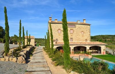 Masia Laveña is a marvellous holiday home