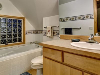 Photo for Sunland Cozy Cottage Getaway!