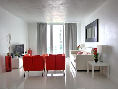 Photo for Gorgeous Hollywood 2BD Awesome Ocean View