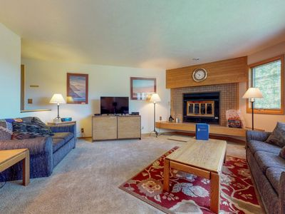 Photo for NEW LISTING! Condo on shuttle route- shared hot tubs, views, walk to the slopes!