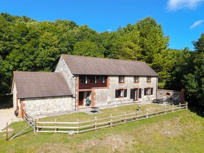 Photo for 5 bedroom Cottage in Newchurch - IC069