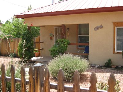 Photo for Cozy, comfortable, cottage within walking distance of downtown Kanab!