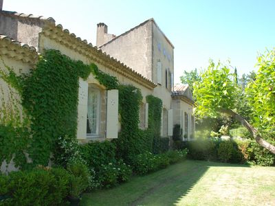 Photo for Beautiful family house, swimming pool, beautiful garden, 3 minutes from Lourmarin center.