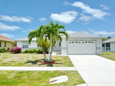 Photo for Cozy home w/ heated pool in the heart of Marco Island