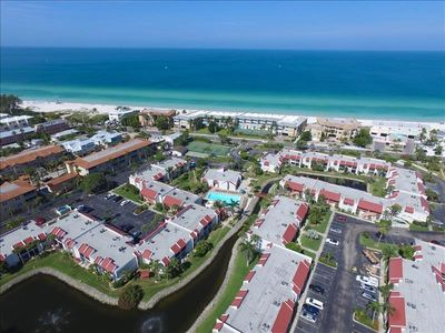 Photo for MAY   *** $750.00/WK + FEES***GREAT TIME TO VISIT ANNA MARIA ISLAND  $800/WK + fees   JUNE & JULY      #268 RUNAWAY BAY.    2BR 2 BA      CLOSE TO POOL