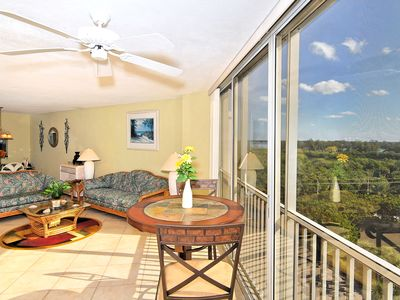 Photo for Immaculate, light and bright condo located on popular Lido Beach. Lido Key 04