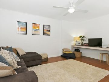 Search 815 holiday rentals