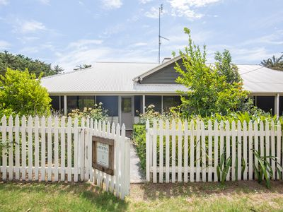 Photo for Honeyfield House - country escape, close to Robe