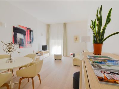 Photo for Ermete apartment in Bologna with WiFi, integrated air conditioning & lift.