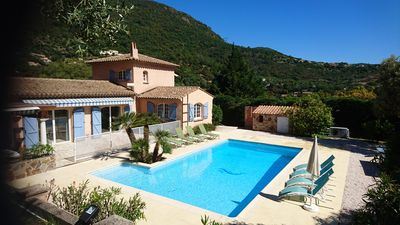 Photo for Gulf of Saint-Tropez , nice villa, recent and quit with heated private pool