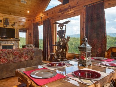 Photo for Unforgettable views in a beautiful cabin with private hot tub and shared pool!