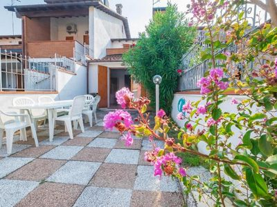 Photo for Holiday house Lido delle Nazioni for 2 - 8 persons with 3 bedrooms - Holiday house