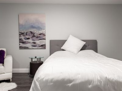 Photo for (UNIT 5) LUXURY HOTEL STYLE UNIT UPTOWN WATERLOO