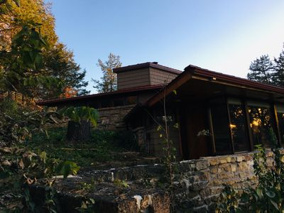 Photo for Frank Lloyd Wright apprentice designed suite overlooks Taliesin and close to APT