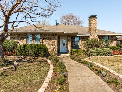 Photo for Entire house. Updated and peaceful near Frisco, Plano, Dallas and The Colony.
