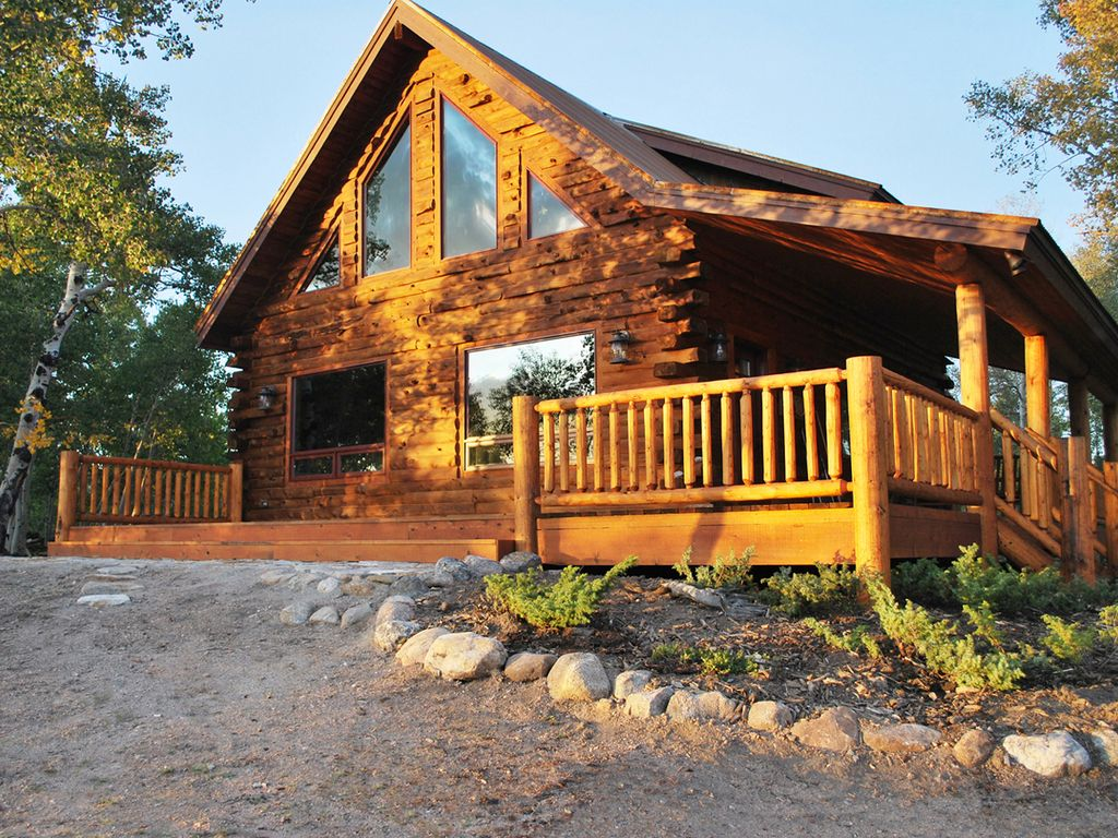Authentic log cabin in beautiful south park homeaway for Cabin rentals in winter park co