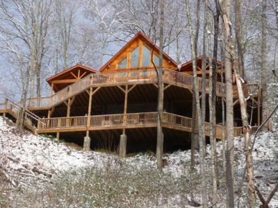 Photo for Smoky Mountain Vacation Awaits You