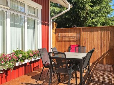 Photo for Vacation home Kållandsö in Lidköping - 5 persons, 1 bedrooms