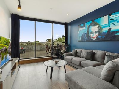 Photo for One-bed Apartment with Balcony and Luna Park Views