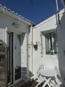 Photo for Full center, country house with courtyard, secure private parking nearby