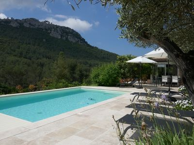 Photo for VERY NICE CHARACTERFUL HOUSE, OVERFLOW POOL, VINEYARD AND MOUNTAIN VIEW / 8 PERS.