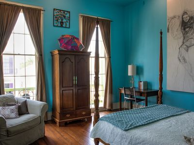 Lovely Garden District 2BR with Balcony & Gated Parking