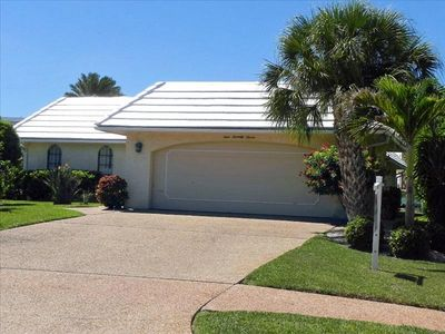 Photo for Lido Beach Retreat is a perfect home for a family vacation, near St. Armand's Circle and Lido Beach