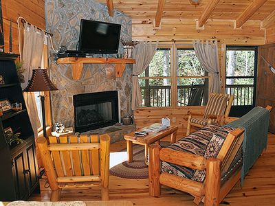 Fern Hollow   Mountain Vacation Cabin Rental   Wonderful 2 Bedroom, 1 Bath  Creek Front