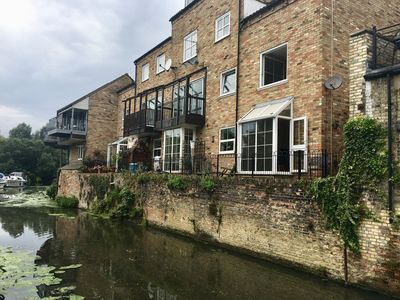 Photo for River Courtyard Apartment - St Neots