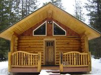 Great little log home