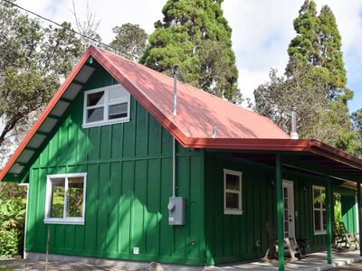 Explorer's Bungalow - Secluded, walk to restaurants, minutes from National Park
