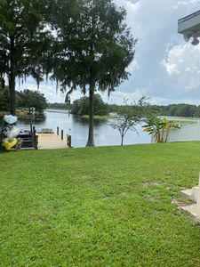Photo for BASS HAVEN 3/1 Lake home. Beautiful Lakefront View.  Fish right in the back yard