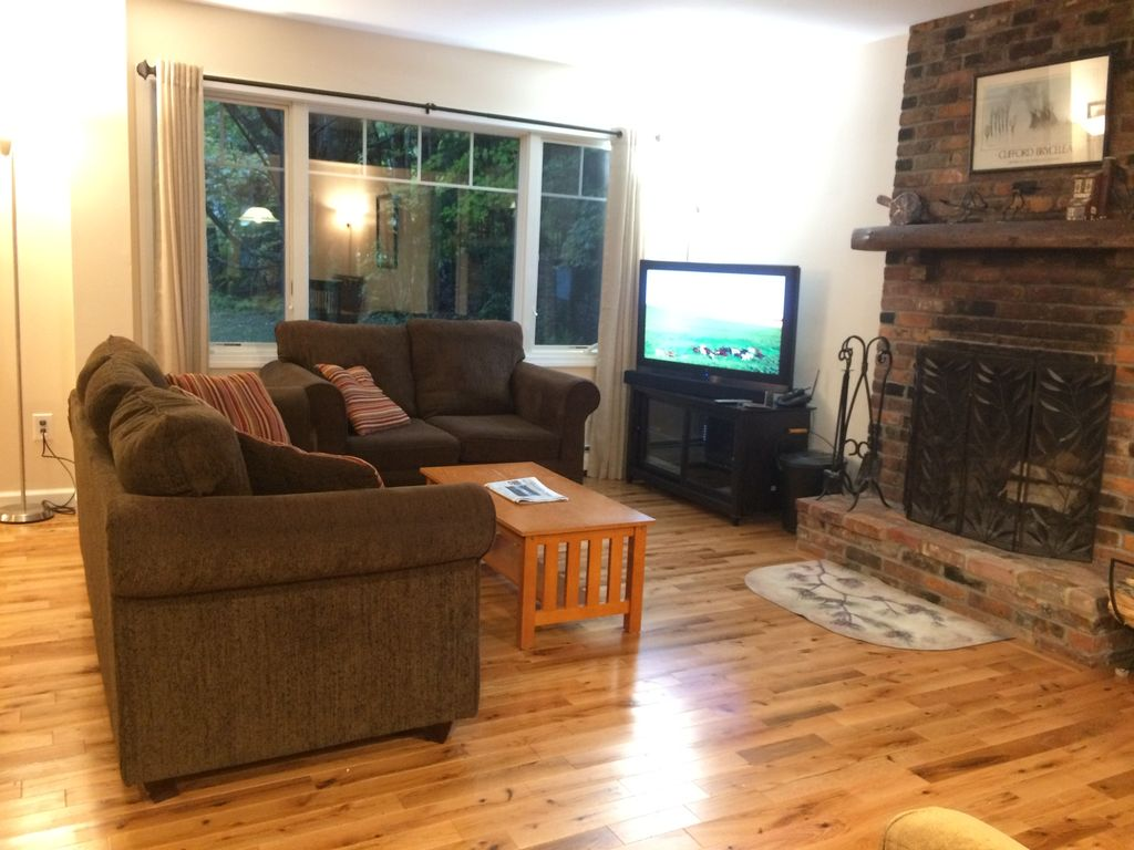 New Hard Wood Floors Windows Etc Firewood Included For Fireplace