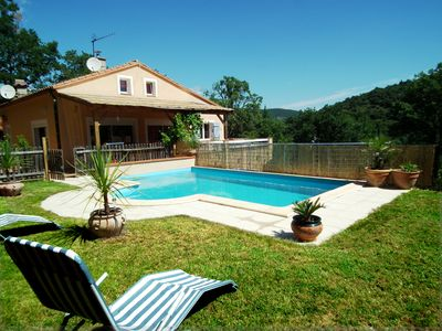 Photo for Villa with private pool, quiet with mountain views